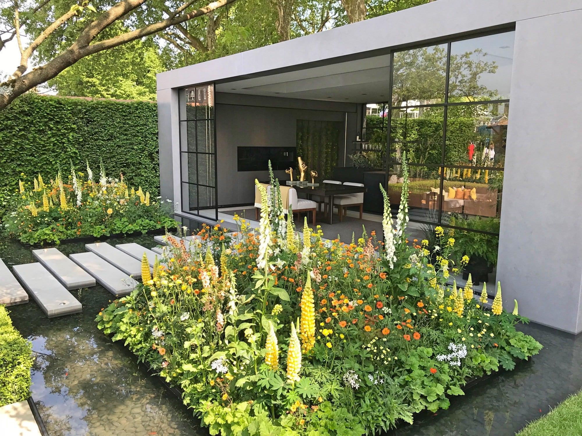 Furniterus 7 Cara Memaksimalkan Taman Minimalis Depan Rumah Berlahan Sempit