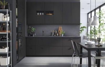 Model Kitchen Set Serba Hitam Penuh Misteri Nan Elegan