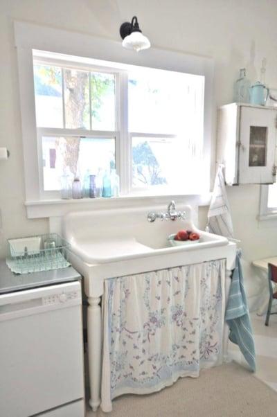 Ragam Material Dan Desain Kitchen Sink
