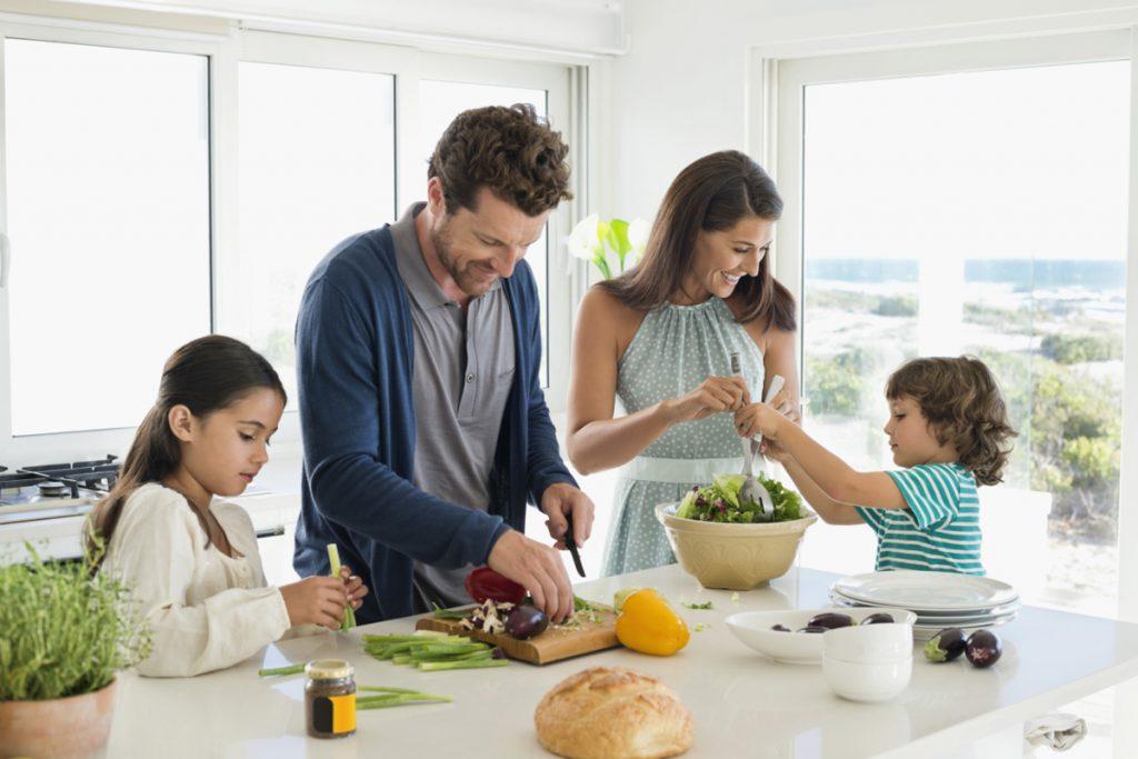 Tempat untuk memasak bersama keluarga - Kitchen Island