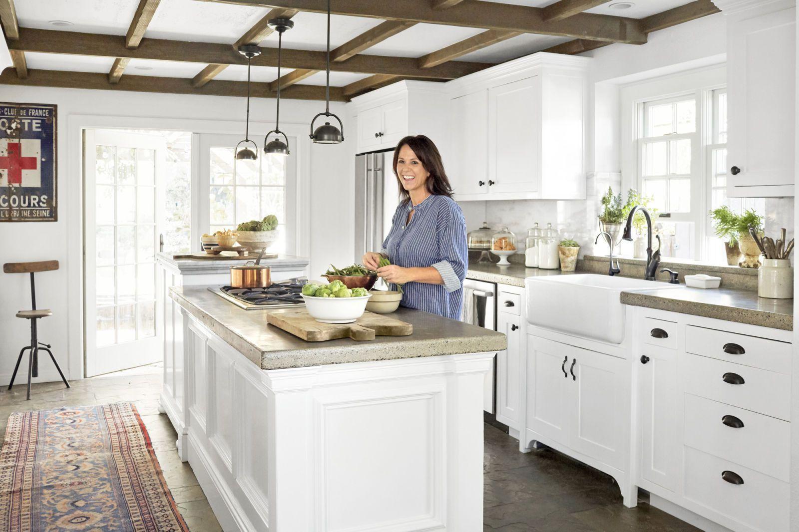 Memudahkan aktivitas memasak di dapur
