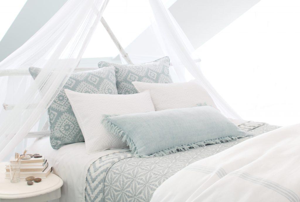 hiasan kamar tidur